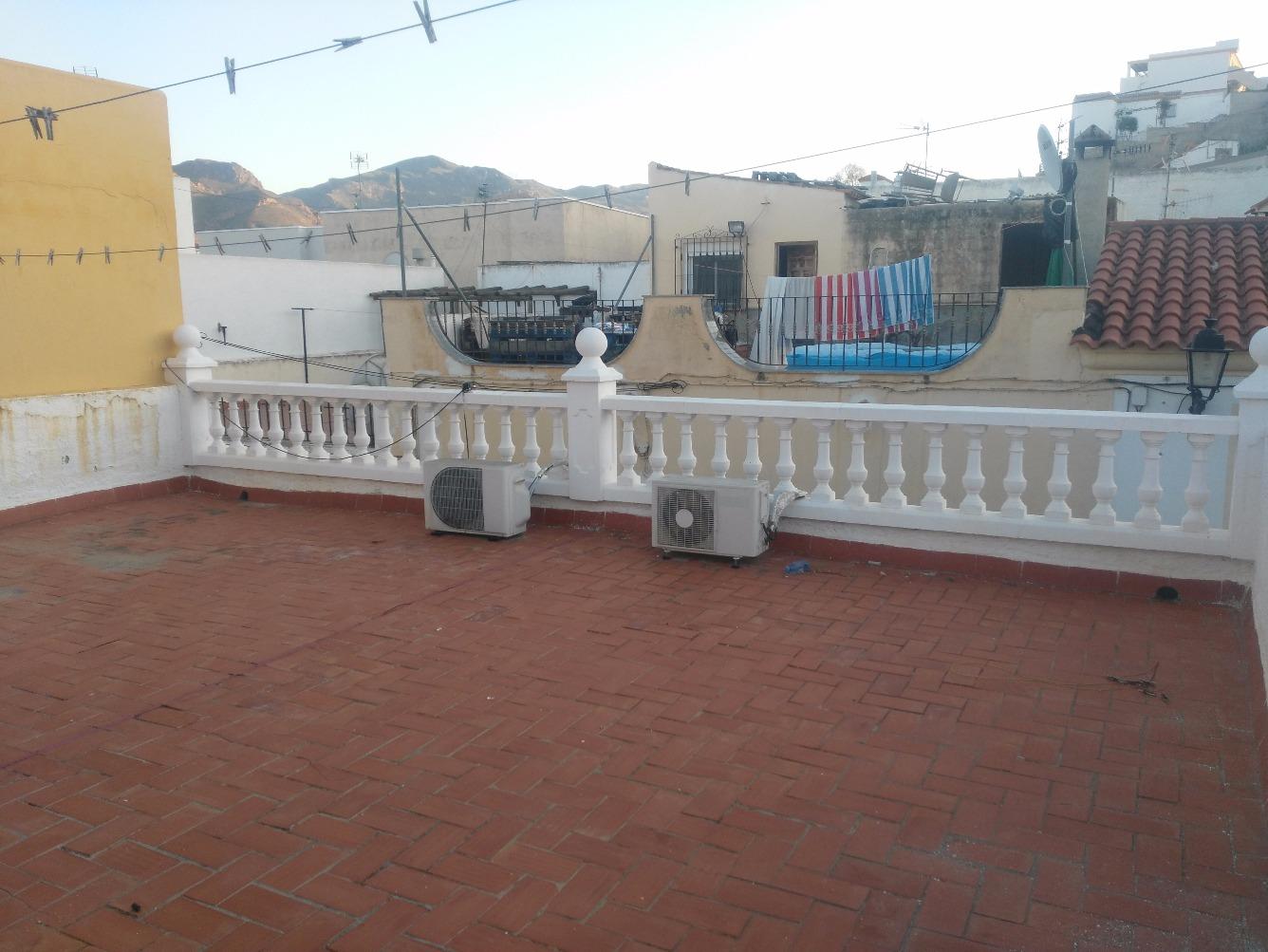 Chalet adosado en Calle NUEVA