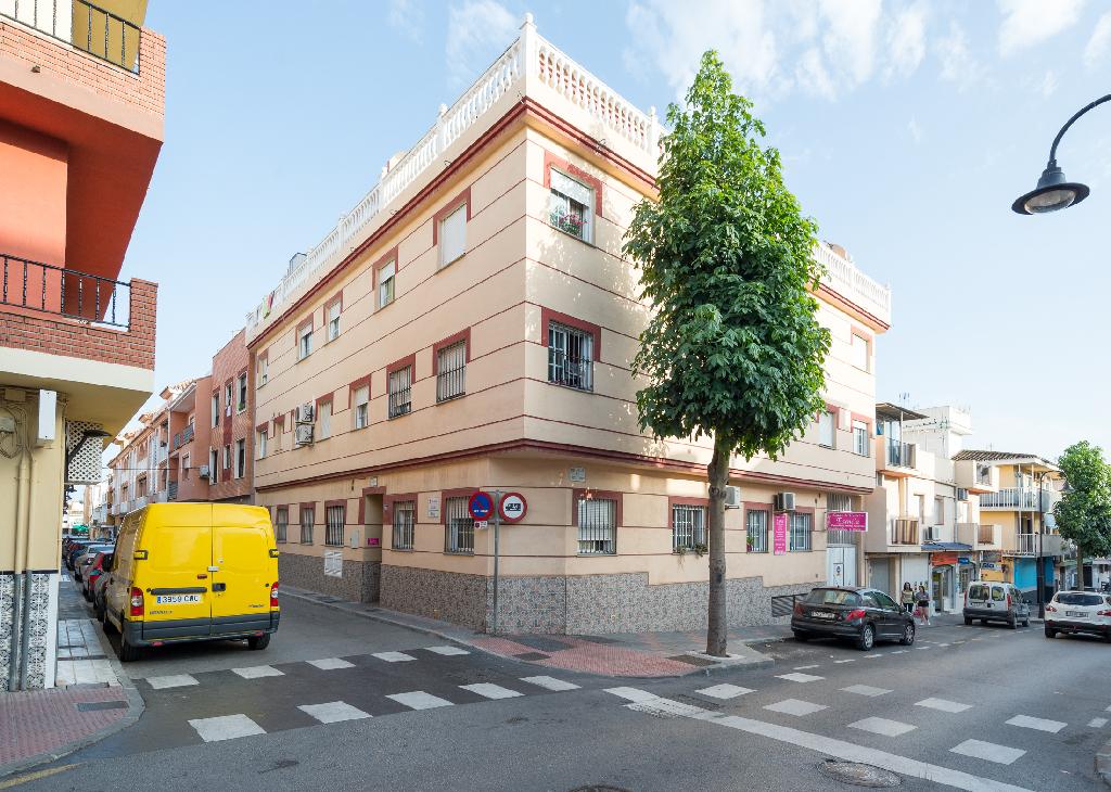 Apartamento en Calle Jazmín.