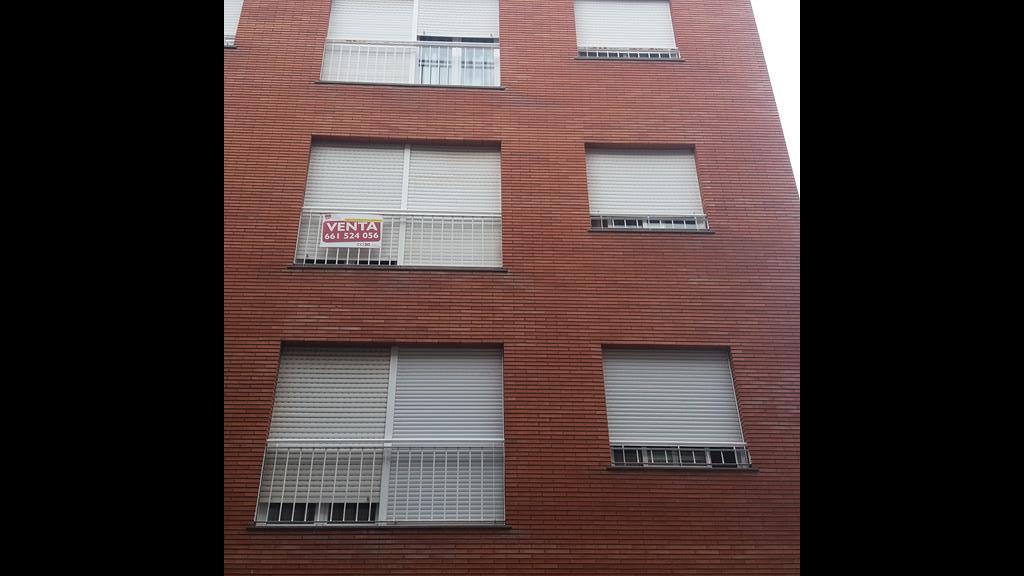 Piso en Calle DELGADO MERCHAN