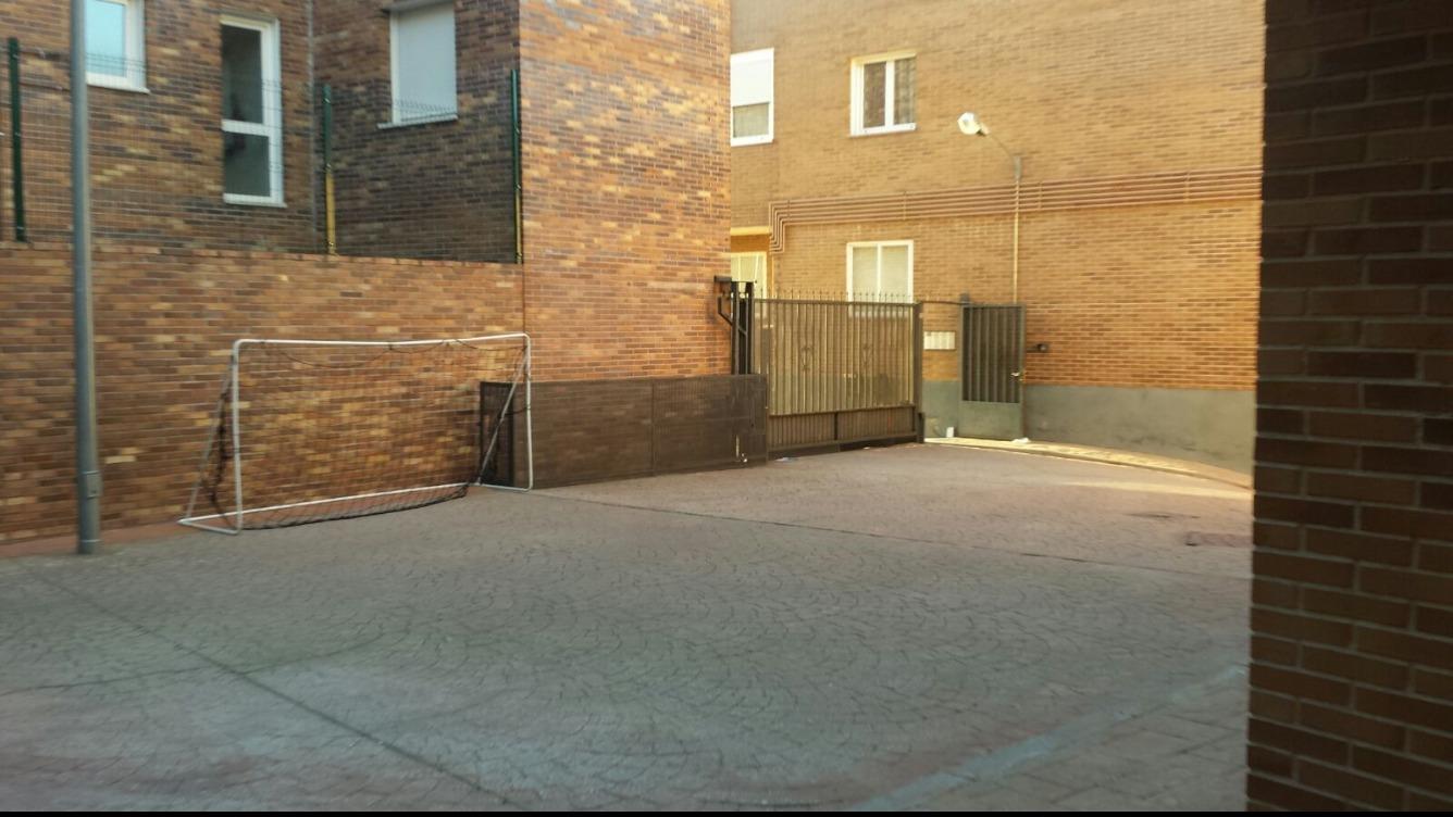 Piso en Calle OLIVA
