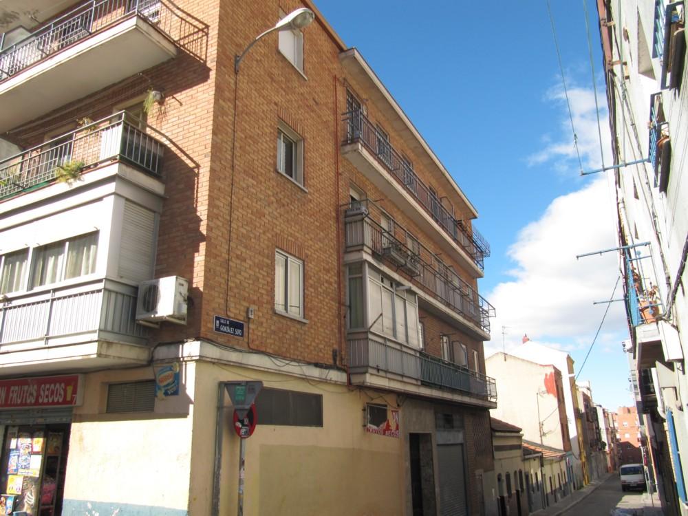 Piso en Calle González Soto