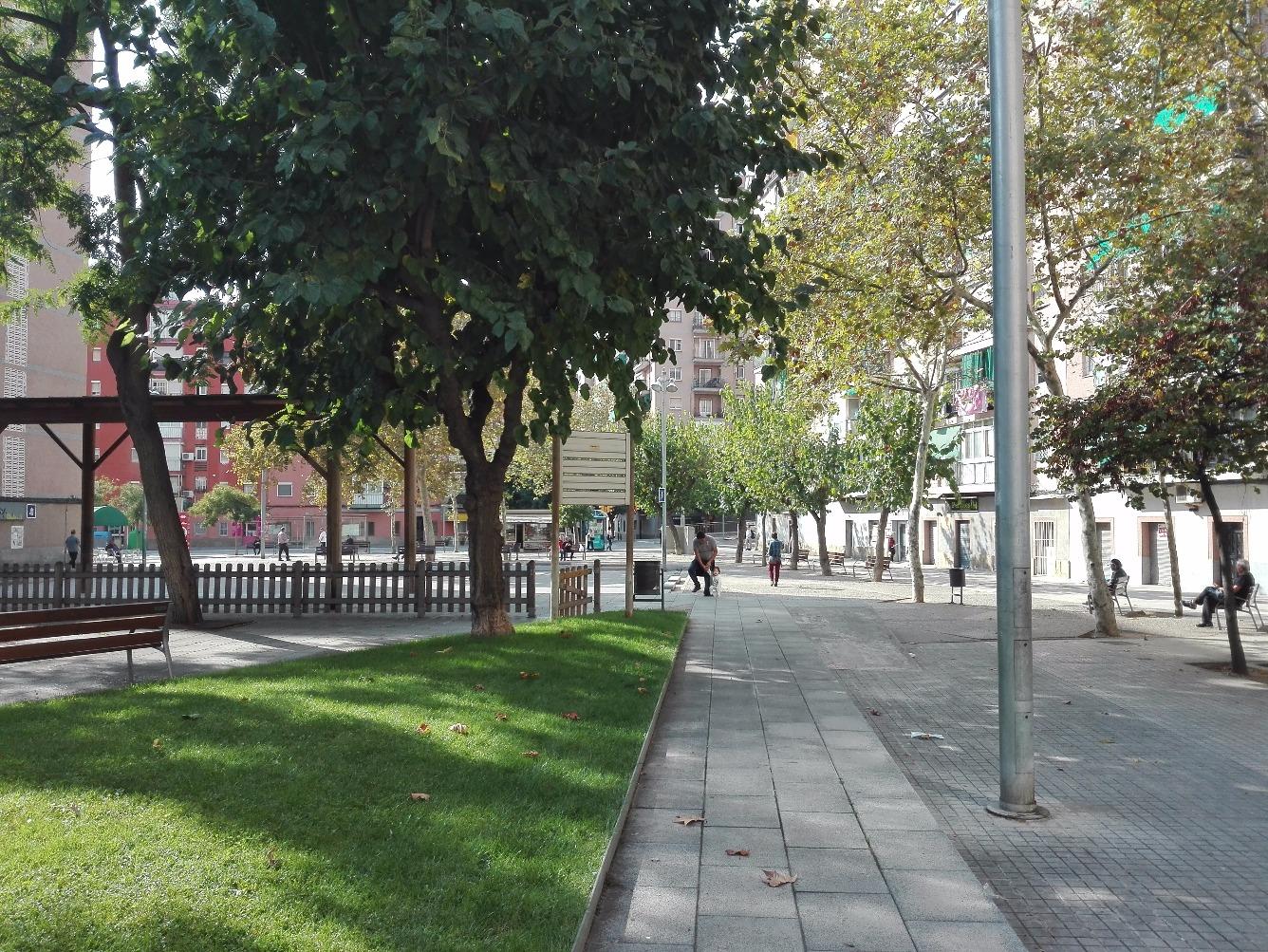 Planta baja en Calle AV CORTS CATALANES