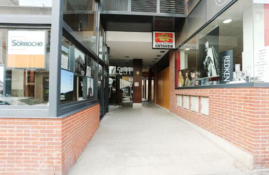 Oficina en Carretera Vic