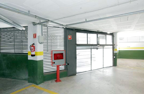 Parking en Calle JOSEP MARIA DE SEGARRA Nº 25-27-29