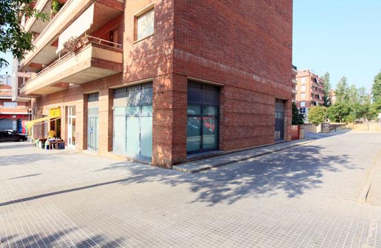 Local en Calle Dibuixant Avellaneda