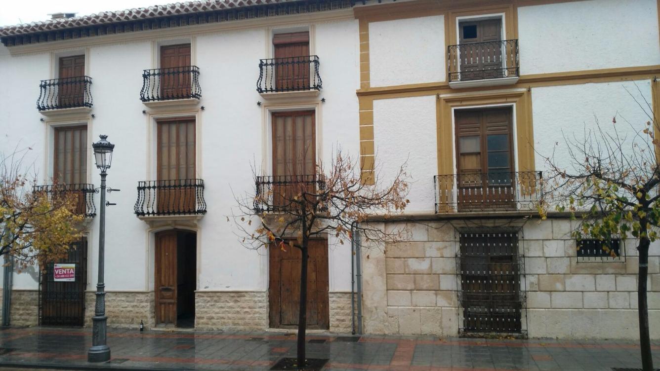 Chalet adosado en Calle CORREDERA