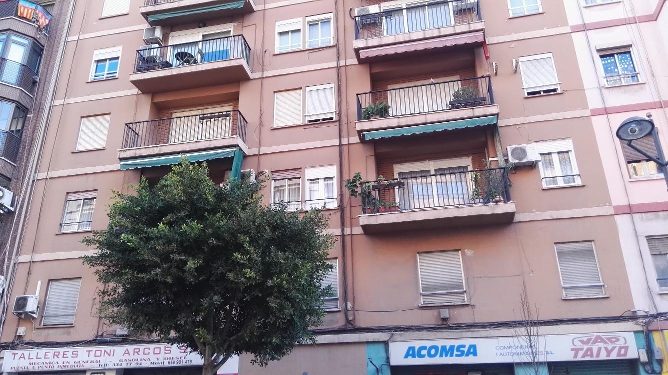 Piso en Avenida PERIS Y VALERO