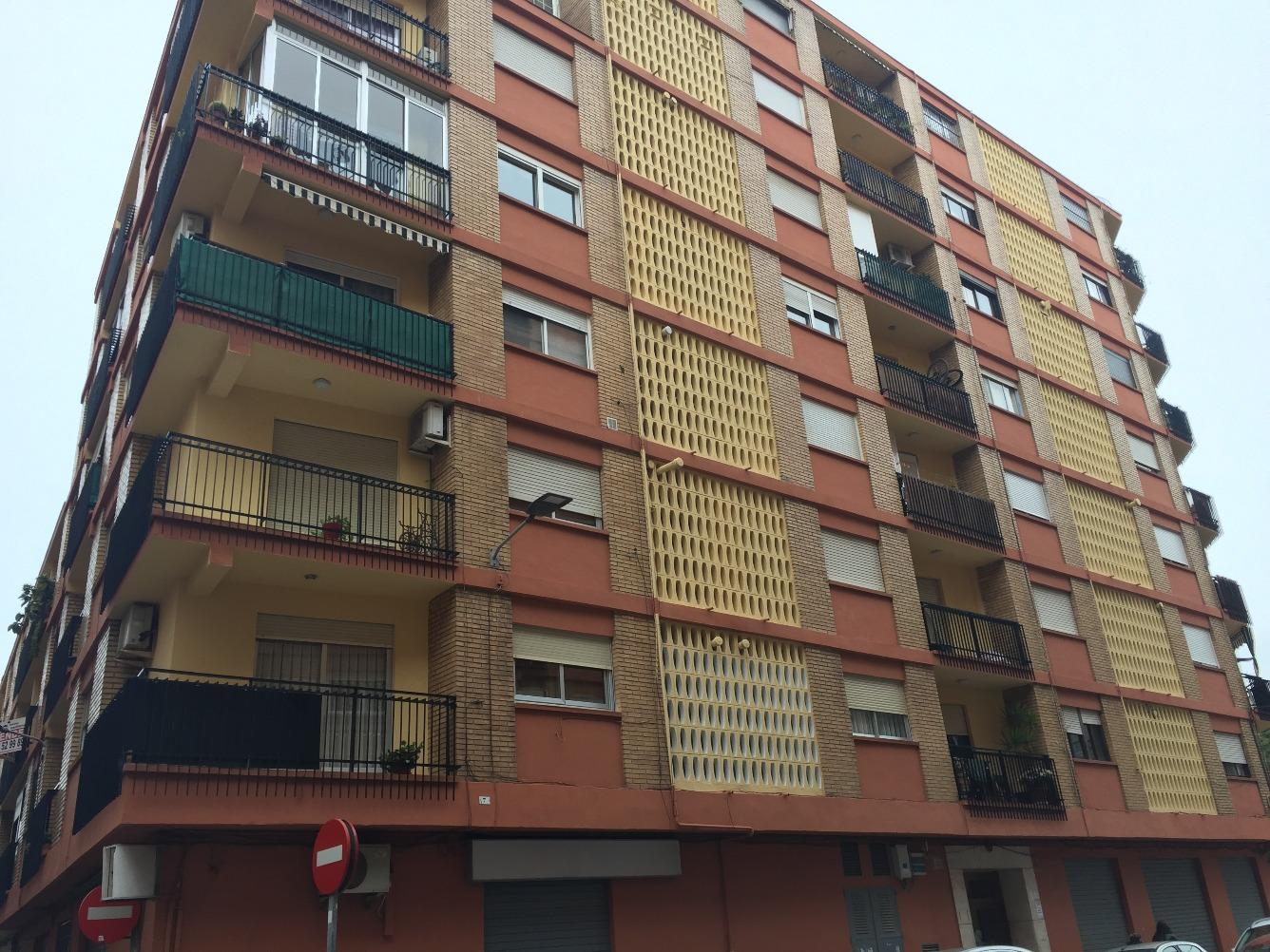 Piso en Calle MONTESA