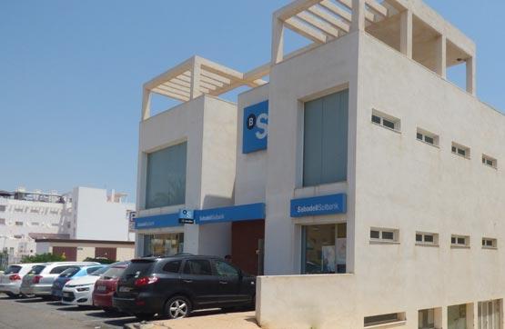 Local - Enclave estratégico en venta  en Avenida PUERTO REY, Vera