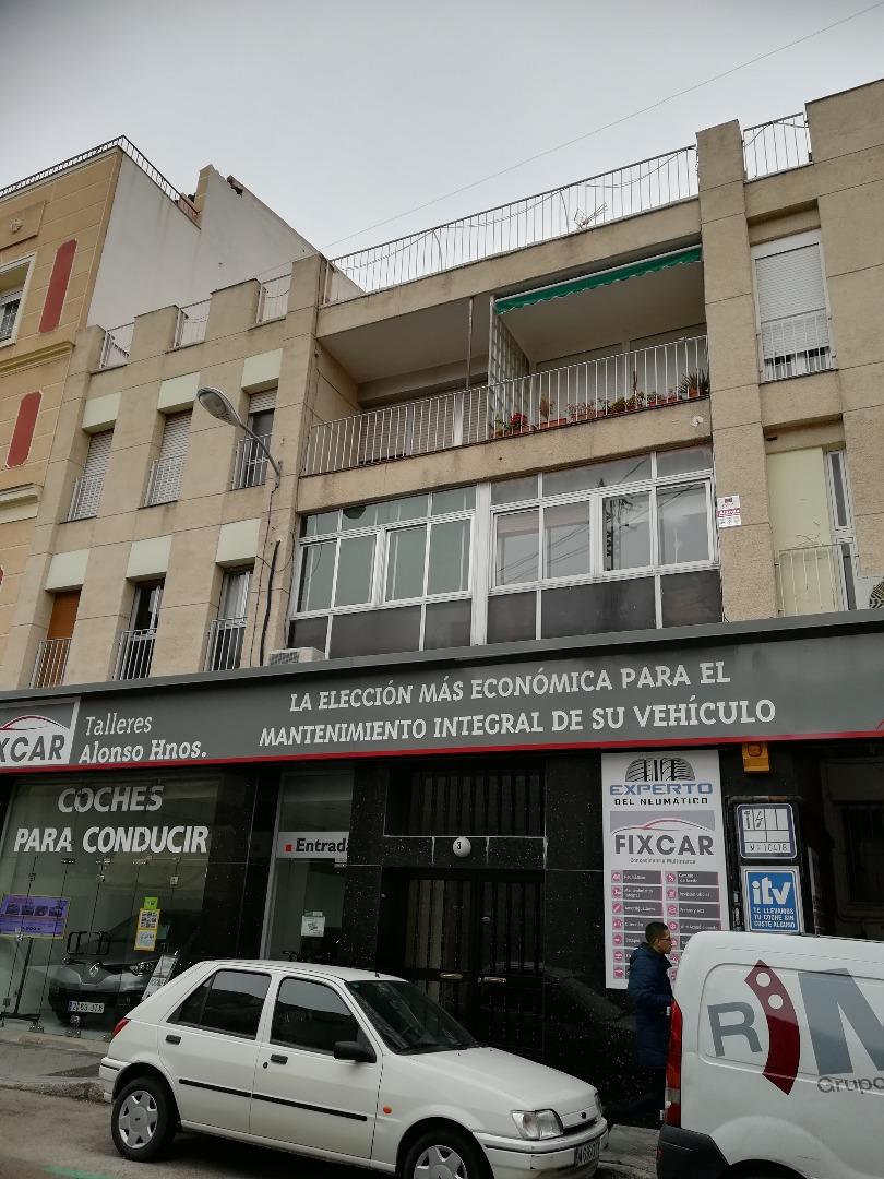 Piso en Calle Pedro Villar