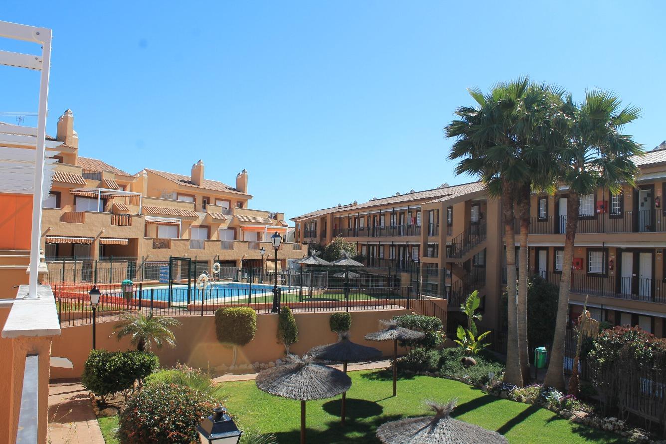 Zonas comunes y playa Marina Casares
