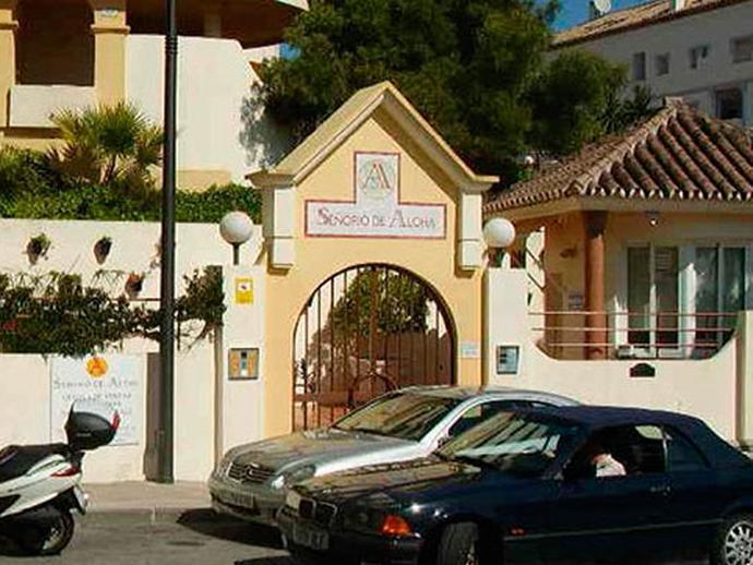 Parking en venta  en Avenida MANOLETE, Marbella
