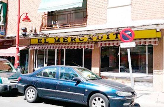 Local en Calle Reina Victoria