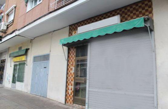Local en venta  en Calle La Española , Madrid Capital