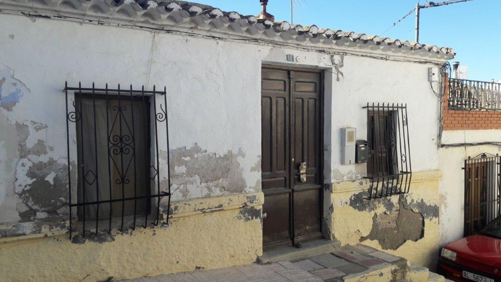 Casa de pueblo en Calle CLAVELES