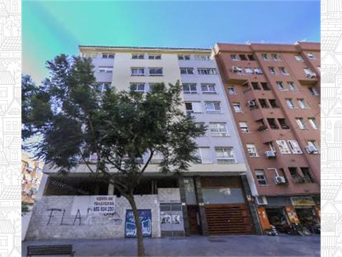 Local en Calle Almeria