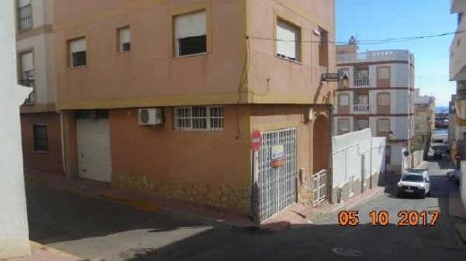 Casa de pueblo en Calle Poeta Cano Cervantes