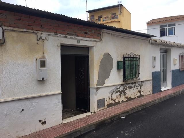 Chalet adosado en venta  en Calle Calle Palmera, Huércal-Overa