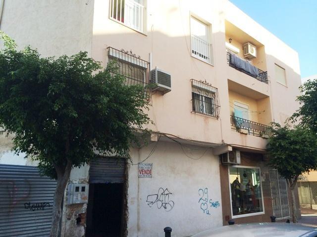 Local en venta  en Calle Almeria, El Ejido