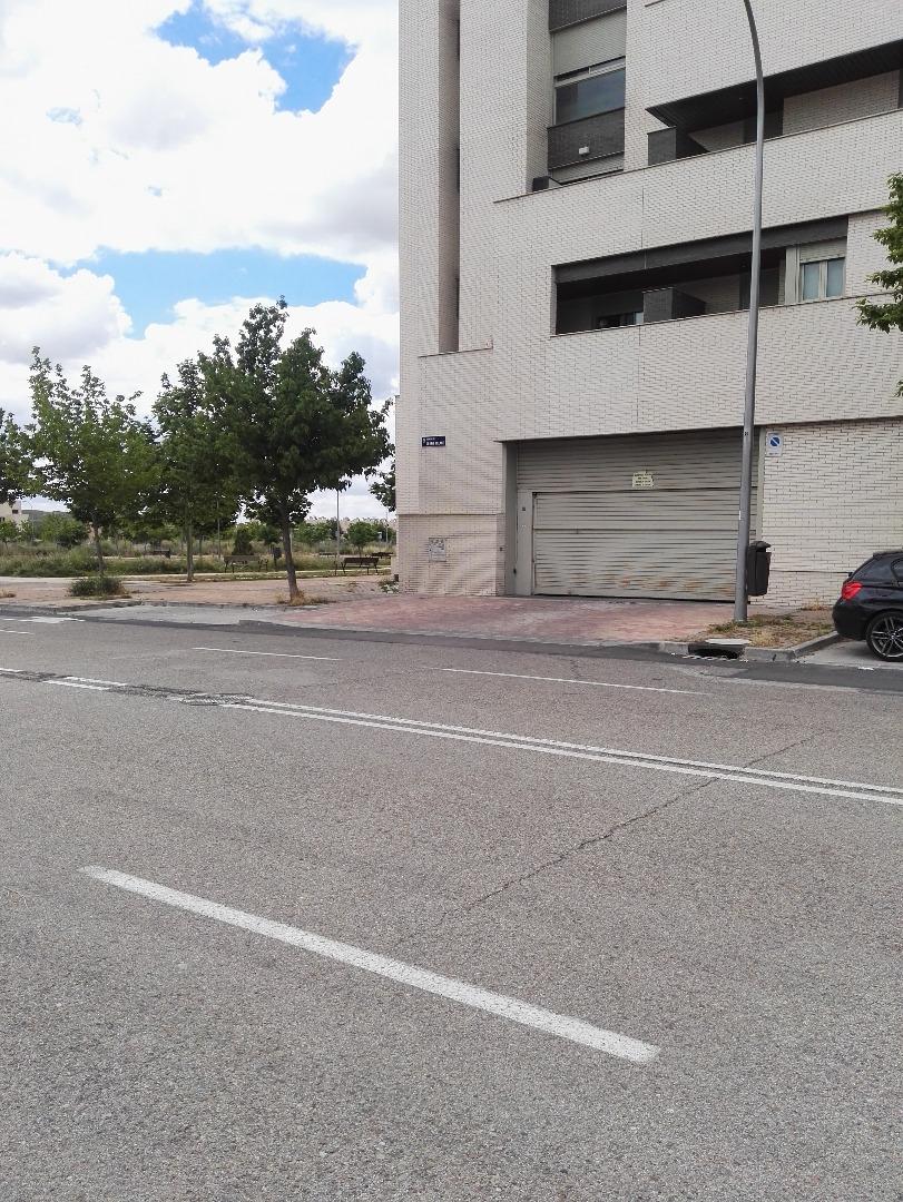 Parking en Avenida Cerro Milano