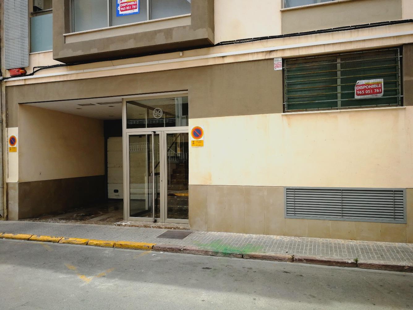 Piso en Calle TEODORO LLORENTE