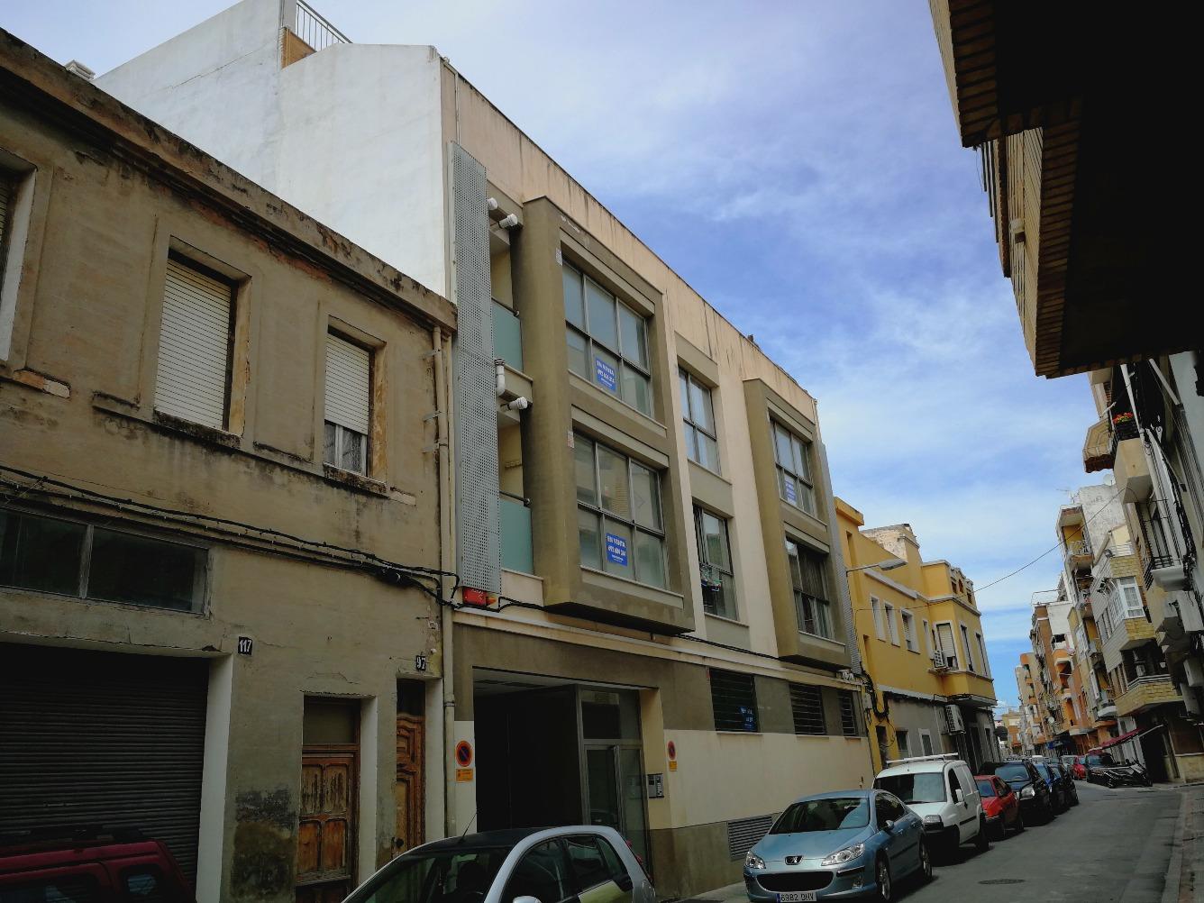 Piso en venta  en Calle TEODORO LLORENTE, Sagunto / Sagunt