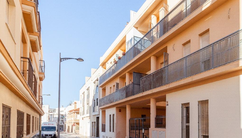 Piso en alquiler  en Calle Olivos, Roquetas de Mar