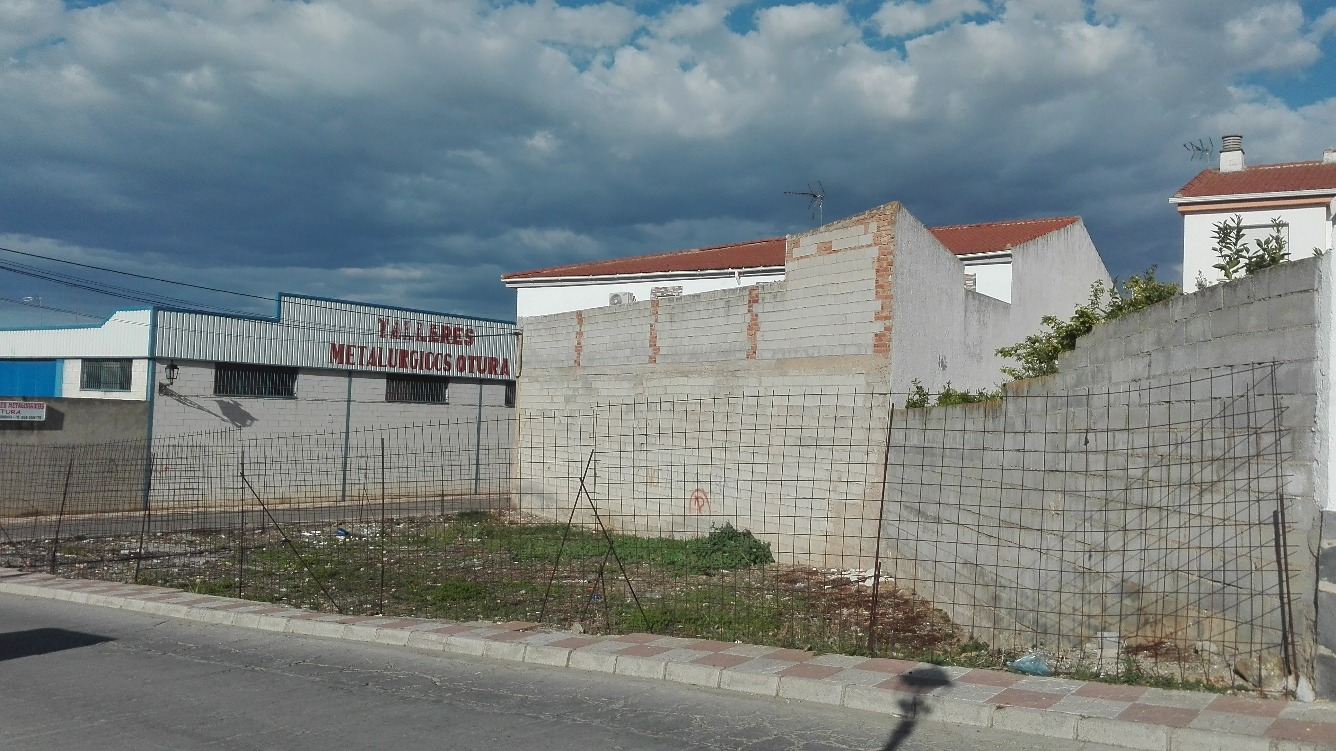 Suelo - Urbanizable en Calle Tejerizo Figueroa