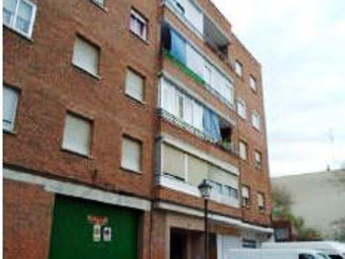 Local en venta  en Calle REJILLA, Móstoles
