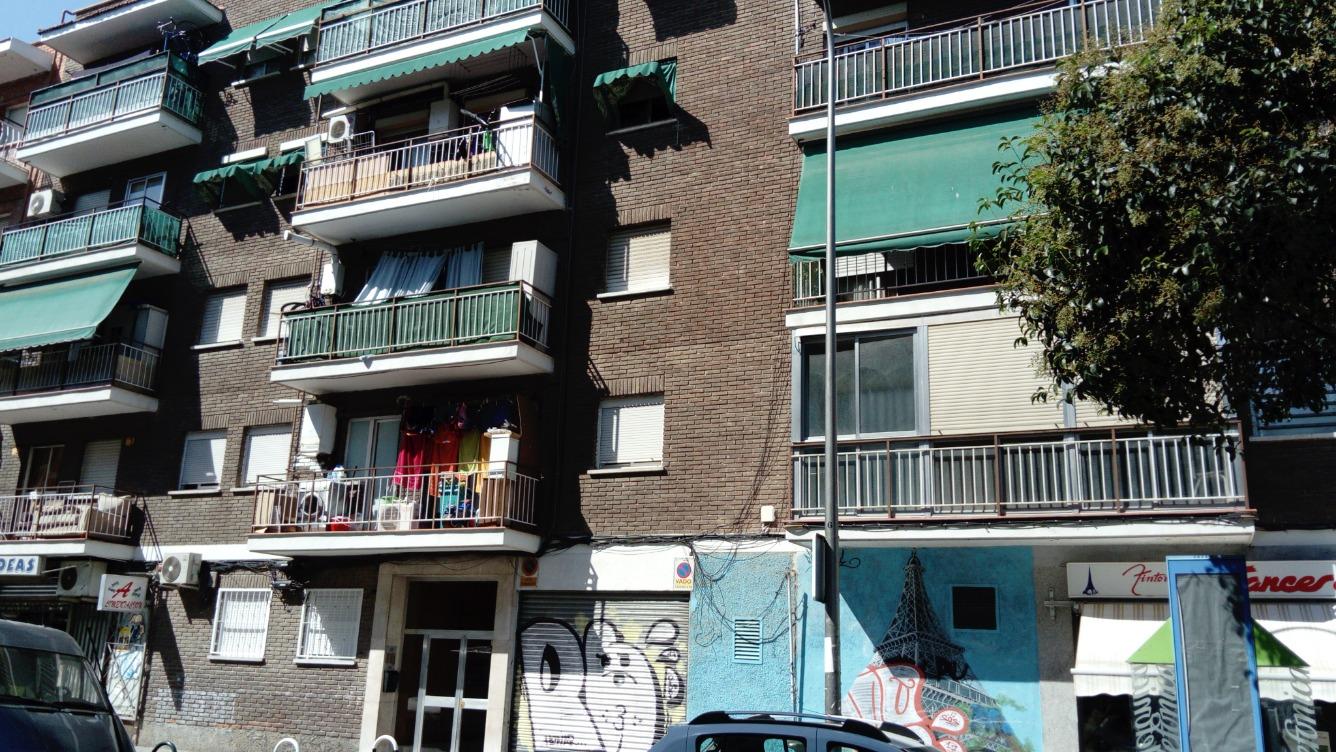 Piso en Calle CALERO PITA
