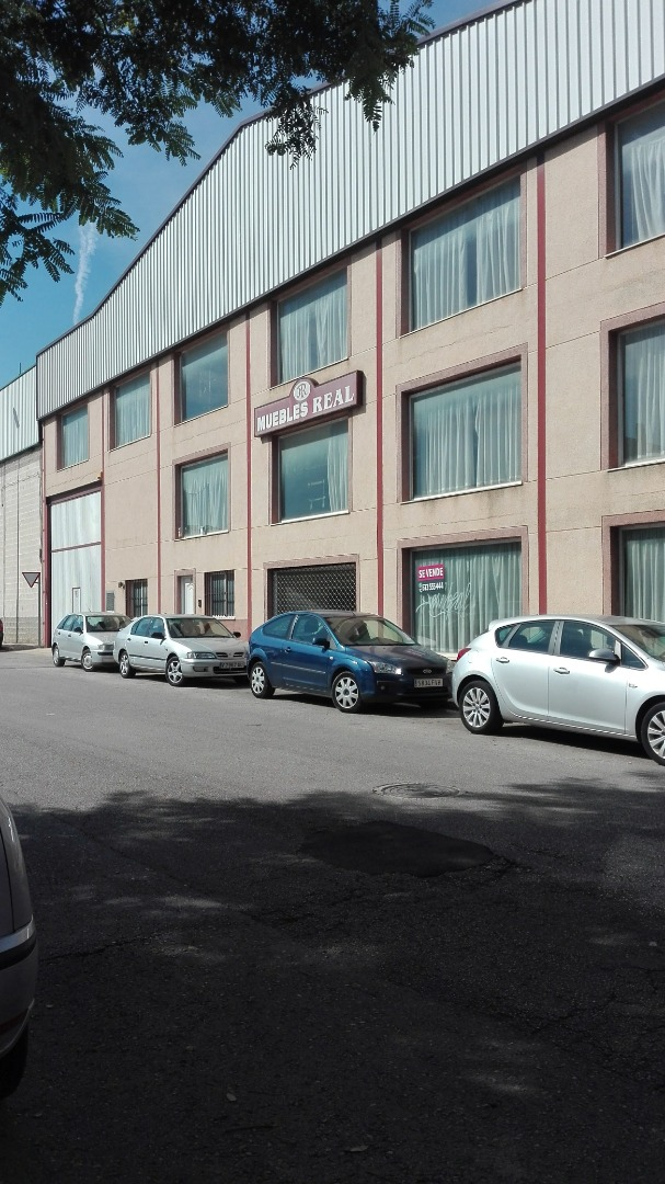 Industrial - Nave comercial en Avenida Sequia reial del xuquer