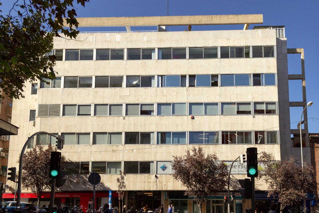 Oficina en venta  en Calle Lopez de Hoyos, Madrid Capital