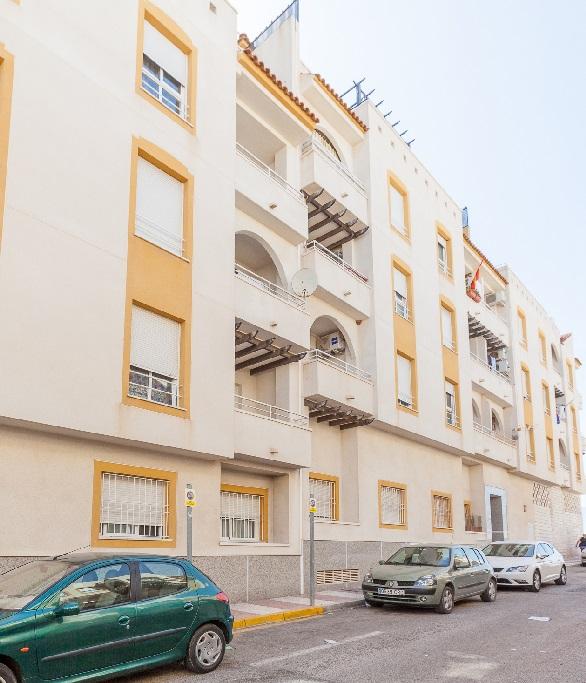 Piso en alquiler  en Calle MONTILLA, Roquetas de Mar