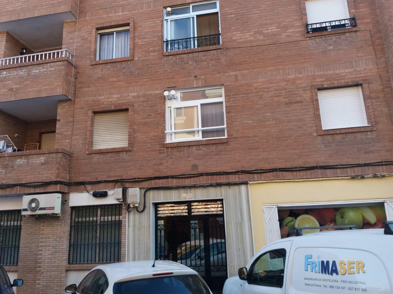 Piso en venta  en Calle GRANADA, Huércal-Overa