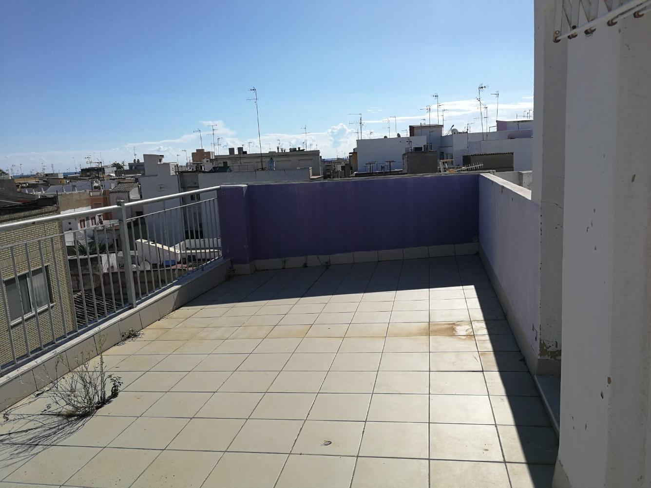 Ático en venta  en Calle TEODORO LLORENTE, Sagunto / Sagunt