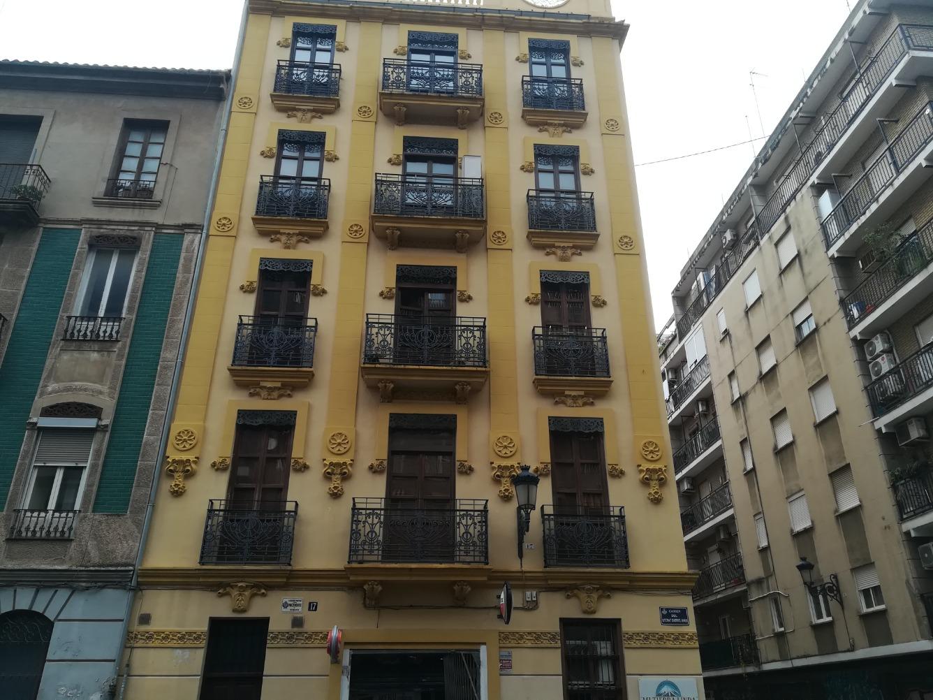 Piso en alquiler  en Calle LITERATO GABRIEL MIRO, Valencia