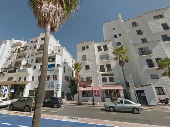 Apartamento en venta  en  c/ Muelle Ribera. Puerto Jose Banús, Marbella