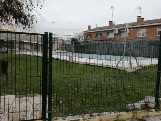 Chalet adosado en venta  en Urbanización ALAMEDA DE TORREJON, Torrejón de Velasco