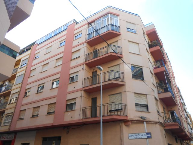 Piso en venta  en Calle MAESTRAT, Burriana / Borriana