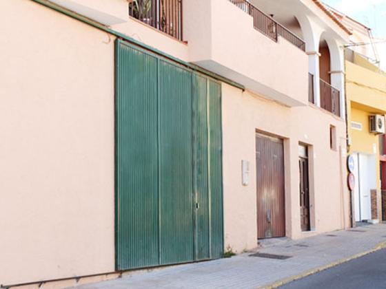 Local en venta  en Calle Mira Maeso, El Ejido