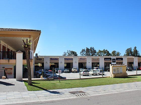 Local - En centro comercial en venta  en Calle Cantarrillo, San Roque