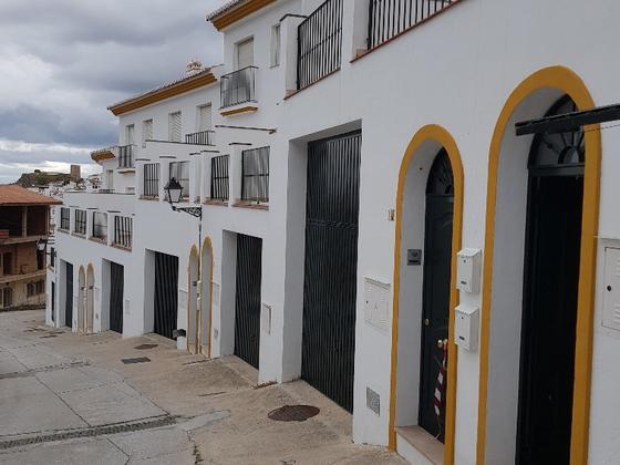 Chalet adosado en venta  en Calle HORTEZUELA, Almogía