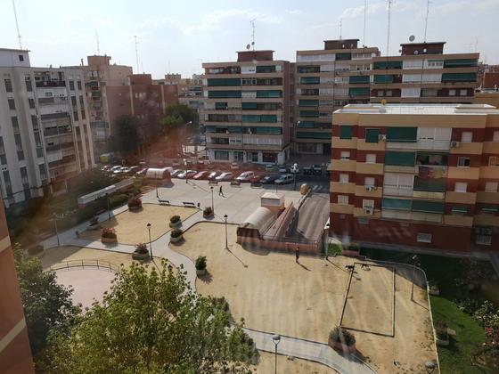 Piso en alquiler  en  Plaza Arroyomolinos, Móstoles