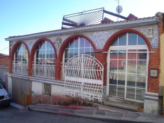 Casa en venta  en  Calle Depósitos, Villa del Prado