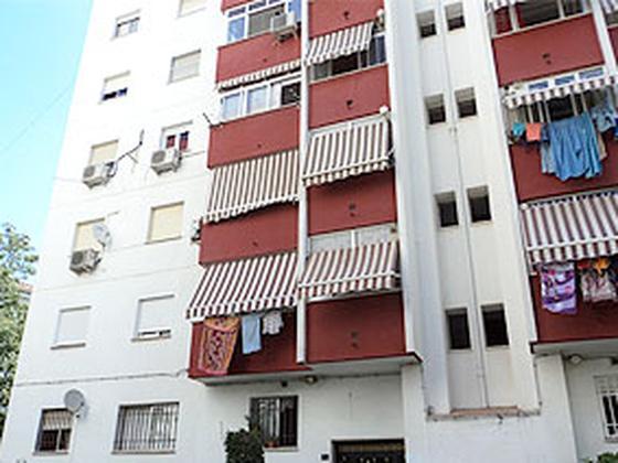 Piso en venta  en  Calle María de Médicis, Marbella