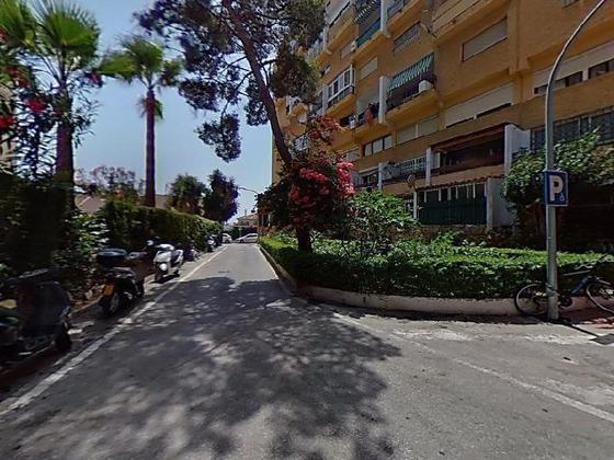 Piso en venta  en  Avenida de las Palmeras, Marbella