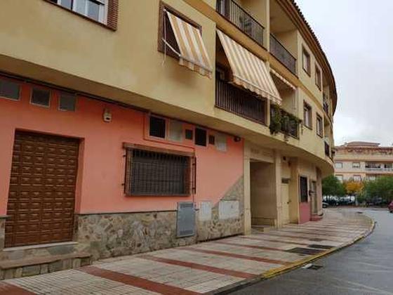 Piso en venta  en  Calle Los Majanillos, Atarfe