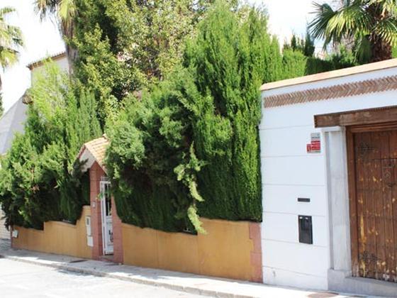 Chalet en venta  en  Calle Esquivila, Granada Capital
