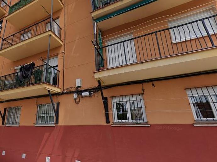 Piso en venta  en  Calle de Pont de Molins, Madrid Capital