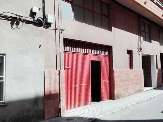 Local en venta  en  Calle Luis García, Villena